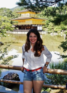 And in front of the astonishing golden temple (金閣寺) near Kyoto.